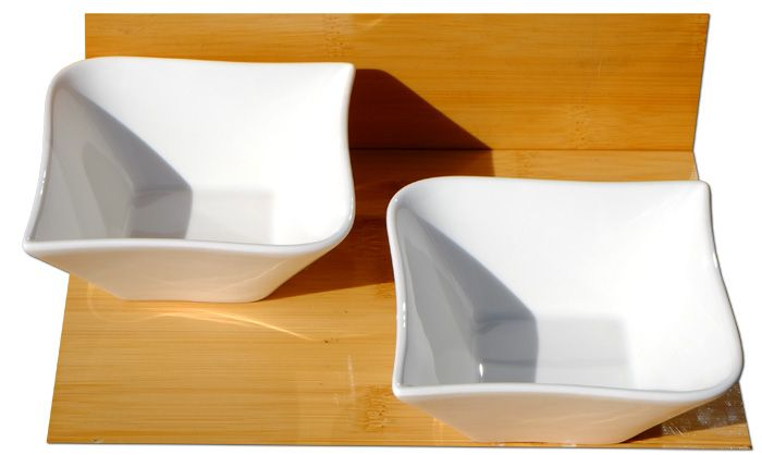 Contemporary serving bowls X 2 white L10cm x W10 x D5cm, and 14cm diagonally