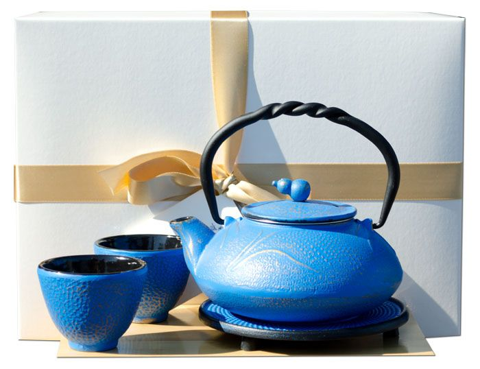 Gift Box W - Cups Trivet & SUMMER MEADOW cast iron tea pot kettle 0.55L Azure on gold colour