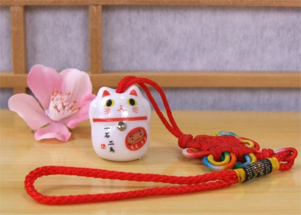 Lucky Cat Maneki Neko car charm to enhance Good Health – 010