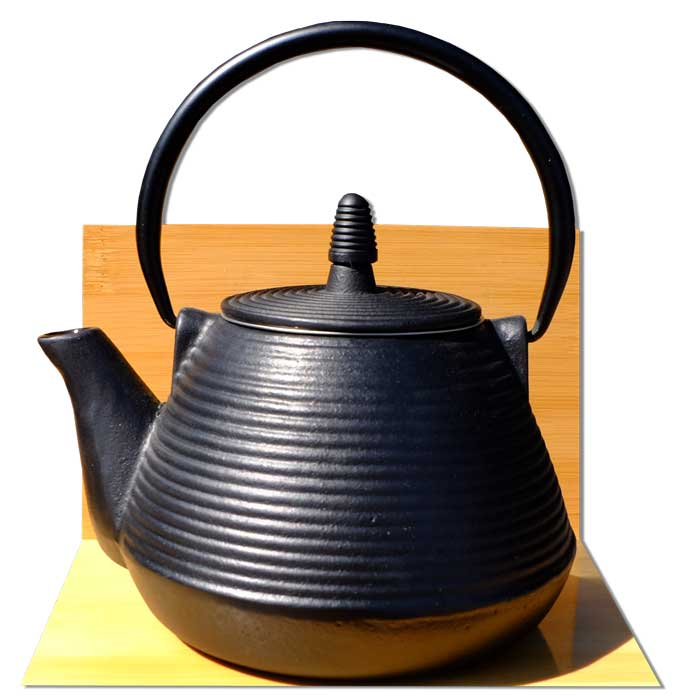 "SAMURAI- Japanese style ""Tetsubin"" cast iron black tea pot kettle 0.95 Litre"